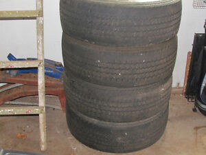 set of tires LT275/65/18