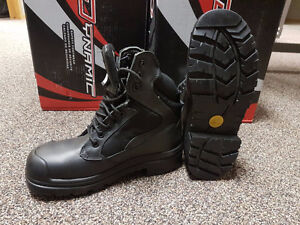 "Dynamic Volga 6"" work boots."