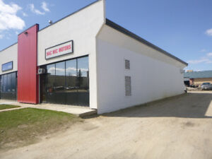 ATTENTION MECHANICS,  AUTOMOTIVE BAY FOR SALE IN RED DEER