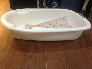 Infant Baby Bathtub with sling- $10 Kitchener / Waterloo Kitchener Area image 2