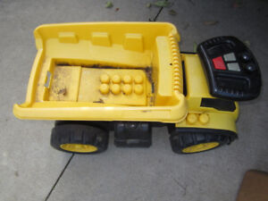 Large kids' outdoor toys (ride-ons, lawn mower, slide) $ 3 - $10