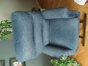 Lift Chair, purchased Sept/2014