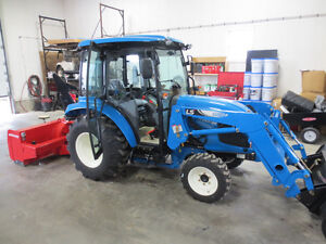 2018 LS XR3135H Tractor Package