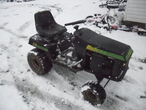 BOLENS 14 TWIN HYDROSTATIC TRACTOR WITH DECK.