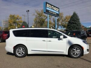 2018 Chrysler Pacifica Touring-L Plus  - Low Mileage