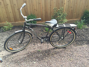 Hardly used women's bicycle - great condition! Pedal brakes