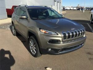 2018 Jeep Cherokee OVERLAND!!V6 4X4 DEMO!! SAVE OVER $10,000!!