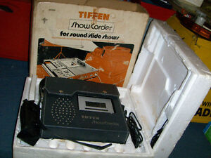VINTAGE TIFFEN SHOW/CORDER-MODEL 7100-SOUND/SLIDE SHOWS
