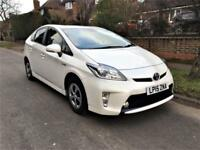 2015 Toyota Prius 1.8 VVTI HYBRID CVT ONLY 12,000 MILES FROM NEW