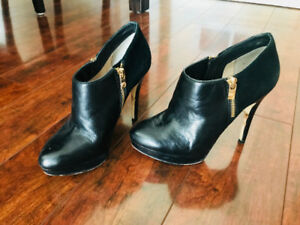 Michael Kors Black Heals