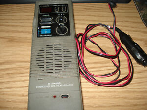 Old Hand Held CB Radio..... cool old unit