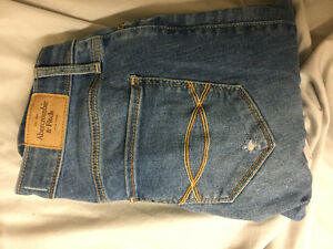 Abercrombie & Fitch Jeans London Ontario image 1