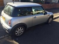 LOW MILEAGE GREAT CONDITION AUTO MINI ONE 2003!