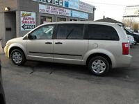 2010 GRAND CARAVAN SE  LOADED  NO ACCIDENTS  SAFETIED AND E-TEST