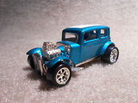 HOT WHEELS '32 FORD VICKY-All metal