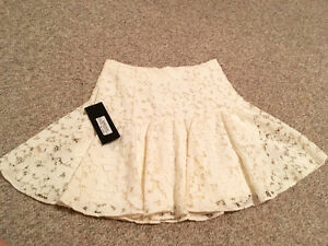 Marciano white flower lace skirt