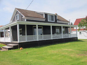 Large Cottage in Morden with Bay of Fundy view