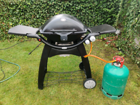 Weber q3200 with cover and full gas bottle