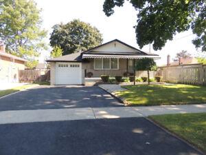 153 Eastdale St., Oshawa L1G 6J1