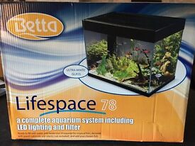 Brand new 78ltr fish tank & tropical set up