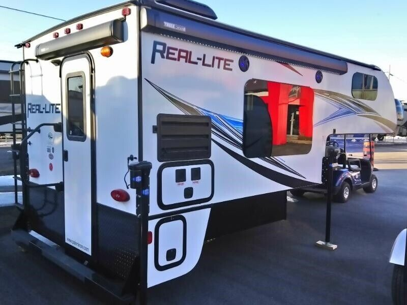 2019 Palomino Real-Lite Truck Campers HS-1806