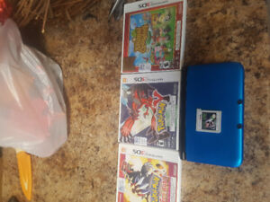 Selling blue Nintendo 3ds XL