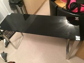 Beautiful side table black glass with chrome legs can deliver