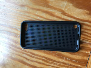 barely used black iPod Touch 5/6 case
