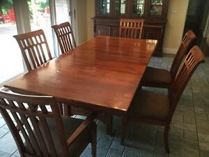Solid Cherry Dining Table and Chairs Cambridge Kitchener Area image 1