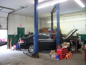 AUTO SHOP FOR SALE- 2 SEPARATE SHOP IN ONE BUILDING! REDUCED!!! Windsor Region Ontario image 2