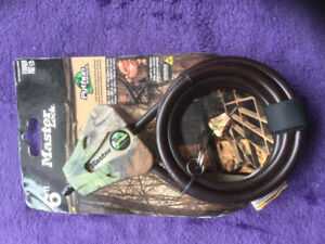 """Master Lock Python Trail Camera Security Cable (Camo,5/16""""). New"""