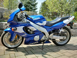 YZF600R Thundercat, near-mint, lowered for shorter riders