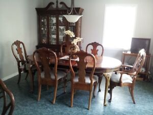 Dining Table, Chairs and Hutch in Cherry Finish by American Drew