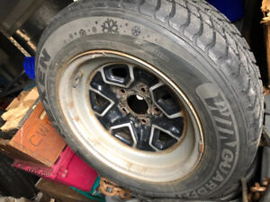 Winter tires 215/60r15 like new 1 pair $65