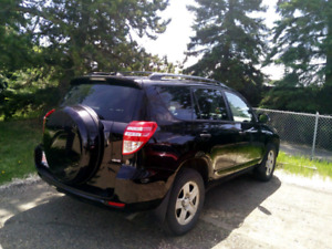 Toyota Rav4 base 4WD 2009. Excellent condition