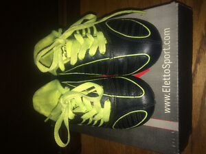 Youth Size 10 soccer shoes