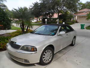2004 Lincoln LS Luxury Sedan