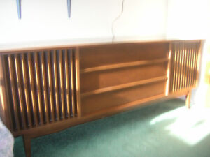 Stereo (wood cabinet) from early 70's