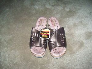 Women's Skecher's Sandals, Size 9, Brand New, etc. etc.
