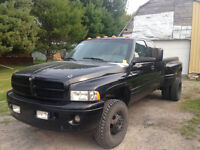 2000 Dodge Power Ram 3500 sport Pickup Truck