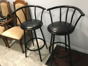 Swivel Bar Stools - Perfect condition $35 each OBO