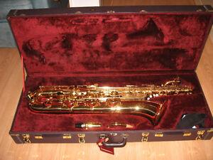 Saxophone baryton