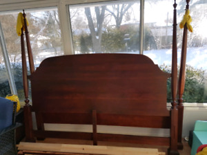 FREE KING SIZE HEADBOARD AND FOOTBOARD. PICK UP ONLY!!
