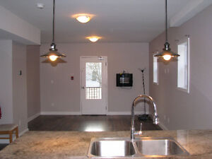 Beautiful 3 Bd Available Now!! Sign now and Save!! Kingston Kingston Area image 4