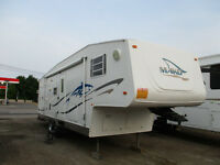 2005 Mako Fifth Wheel M27FRBW....NEW PRICE