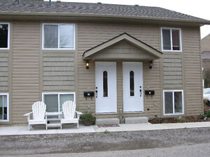 2 BEDROOM SENIORS APARTMENT.AVAILABLE NOW... London Ontario image 1