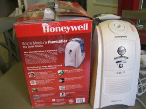 Honeywell Warm moisture Humidifier.