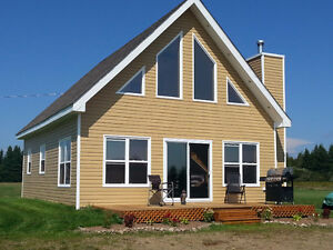 FOR RENT per week - Cottage / House view of Richibucto River
