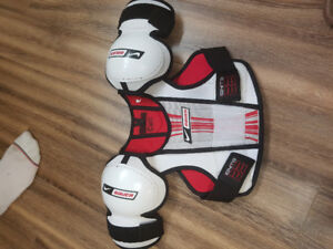 Hockey chest protector youth xl