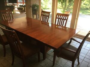 Solid Cherry Dining Table and Chairs Cambridge Kitchener Area image 2